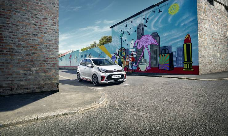 kia_picanto_go_discover_more._gt_line_my18_print_image_a-ud_11758_65576