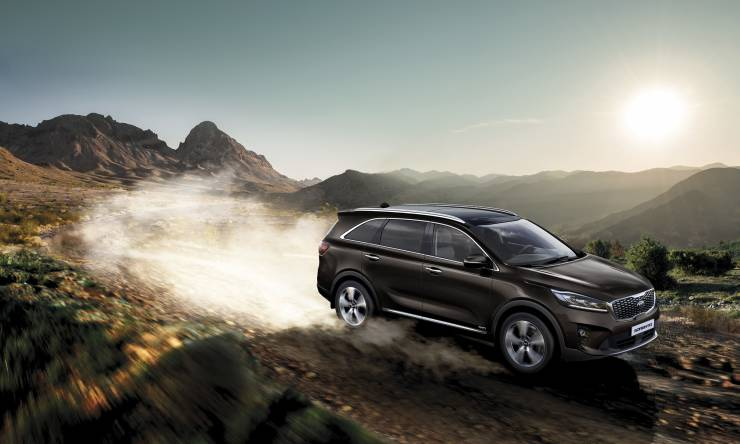 kia_sorento_my19_rough_road_main_(driving_pleasure)_13532_75971